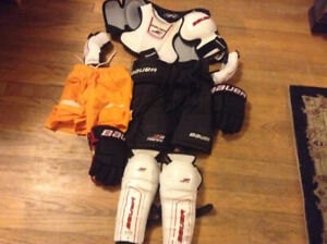Kids hockey gear - size small