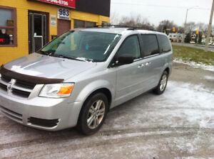 2010 Dodge Grand Caravan Minivan, Van  SAFETY +E TEST $8200 +hst