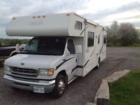 28' TRAIL LITE CLASS C RV WITH DOUBLE SLIDE OUTS