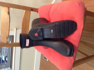 Good Condition Short Black Hunter Boots