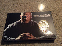 THE SHIELD (The complete series collection)