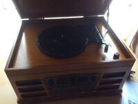 Vintage style turntable, Cd, fm /am radio, Bluetooth
