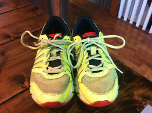 Asics size 4 youth sneakers