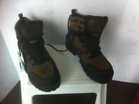 Brand New Thinsulate Ultra Boot, size 8 & 10..