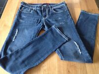 American Skinny Jeans - Blue with white stitching detail - American size 3/4, small 8 in Uk