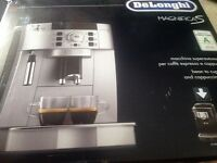 DeLonghi Magnifica S Bean to Cup Coffee Machine Boxed