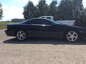 1996 z28 Camaro LT1 V8.  6 Speed manual