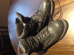 Work boots size 10 1/2  only worn one day