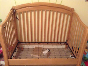 Maple Simmons crib n more - convert into full size bed