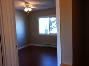 big room walking closed ,,share townhouse