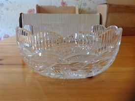 Waterford cut glass bowl (Apprentice)