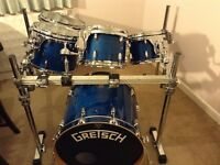 GRETSCH RENOWN WITH RACK EXCELLENT CONDITION