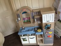 Little tikes cooking/barbecue grill kitchen.