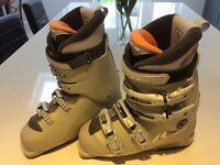 Salomon Women's ski boots size 6