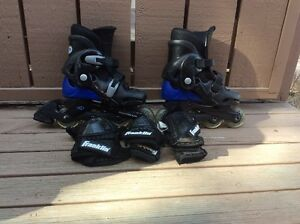 Kids roller blade and protection