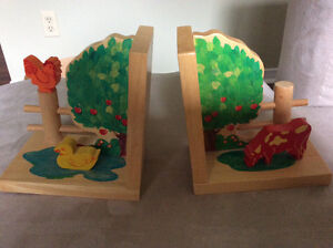 Beautiful wooden bookends London Ontario image 1