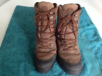 J.Barbour Albacore hiking, walking, hunting boots