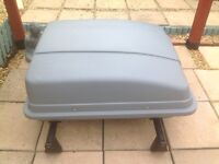 Car roof box with VW Sharan roof bars