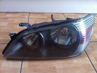 Lexus is200 head light lamp headlight facelift dark inside near passenger side 98/05 breaking is 200