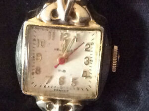 A vintage Helbros ladies watch ( France)