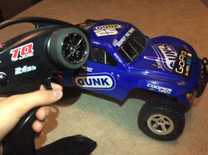 2WD Traxxas Slash (EVERYTHING YOU NEED)