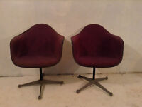Pair of purple. Ray n charles eames  herman miller shell chairs