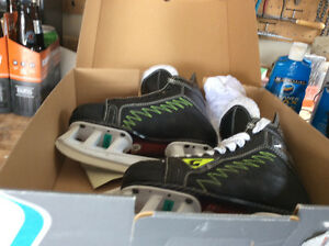 Hockey skates size 6.5