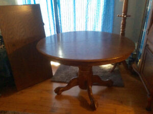 *NEW LOWER PRICE*  Round Oak Table