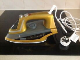 As good as new Steam Iron, with vertical steam spray