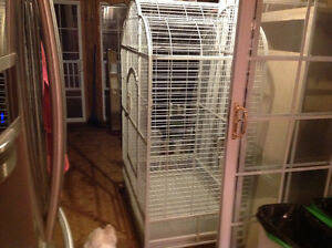 HUGE WHITE PARROT CAGE FOR SALE