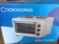Cookworks white mini oven