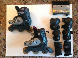Firefly junior adjustable roller blades with protection set
