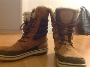 Garibaldi d- ring helly hansel winter boots