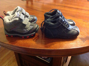 Toddler winter hikers and shoes Peterborough Peterborough Area image 2