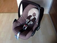 Maxi cosi pebble baby car seat 0-12 months
