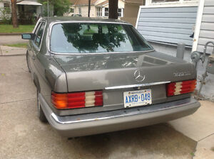 1988 Mercedes-Benz 300 SE Sedan (PRICE DROP FAST SELL) London Ontario image 1