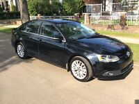 2012 VW Jetta TDI Highline - luxury equipped + new winter tires