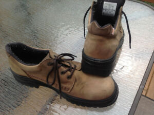 Terra CSA-approved work boots - size 12