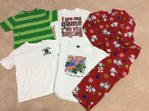 Reduced-Boys Sz Medium clothes