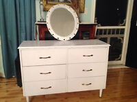 SOLID WOODEN SIX DRAWER CABINET