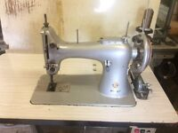 Singer large bobbin industrial sewing machine will sew leather