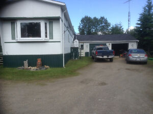 IROQUOIS FALLS COUNTRY MOBILEHOME, DBL GARAGE 3/4 ACRE