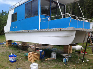 1995 30' Catamaran Cruiser Houseboat