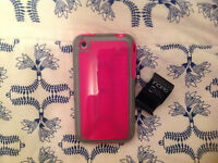 IPod Touch 2 or iPhone 3 cover (fits both) with screen protector