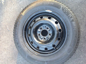 Set of 4 Michelin X-Ice Winter Tires