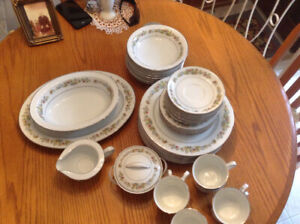 Noritake Diane fine china dinner set + 5 PC. Completer set
