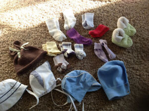Socks, hats and booties lot