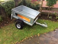 Erde 102 car trailer