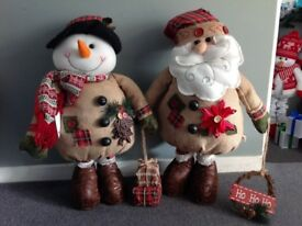 Brand new extendable plush Christmas figures 100cm tall