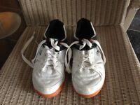 Dunlop squash shoes size 4